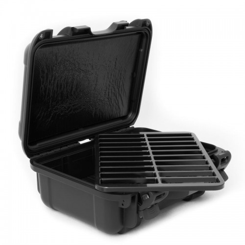LTO - 20 Capacity no Jewel Waterproof TeraTurtle Turtle Case open