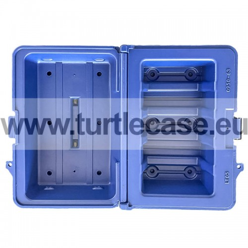 LTO - 5 Capacity Turtle Case open